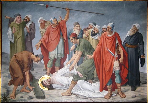 Statie 9: Jezus valt de derde maal onder het kruis