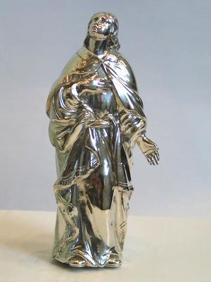 Johannes (21 cm) kijkt schuin omhoog naar Jezus.
