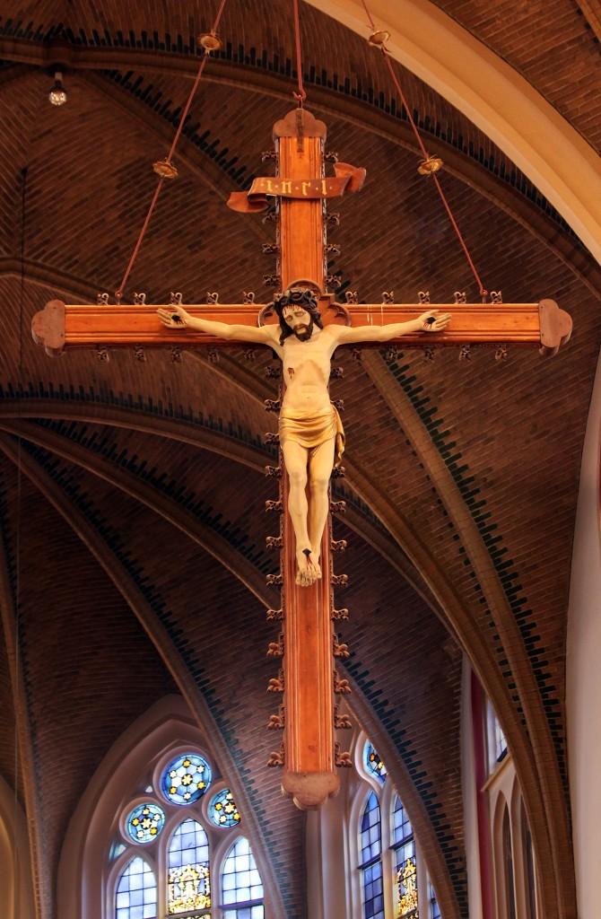 2015-04-16 Mariakerk Adoorn 4815-triomfkruis-e-2000pix