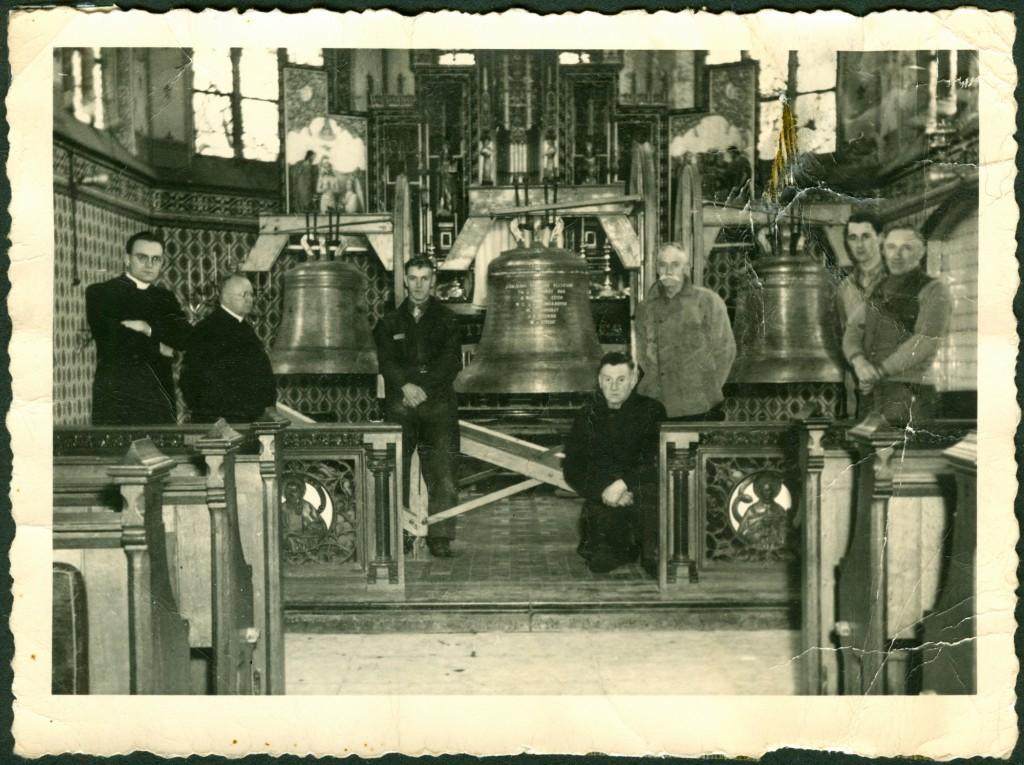 35-1947-02-03 wijding klokken-e2000pix