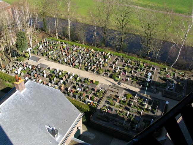 PAN06_toren uitzicht kerkhof 5365-e_650pix